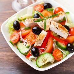 Íme a legegészségesebb fogyókúra: mediterrán diéta - 9 isteni receptötlettel! | Mindmegette.hu Yummy Chicken Recipes, Yum Yum Chicken, Yummy Food, Recipe Chicken, Chicken Salad, Healthy Salads, Healthy Recipes, Healthy Food, Low Carb Grocery