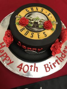 Trendy birthday cake for dad music Ideas - Birthday Cake Fruit Ideen Birthday Cakes For Men, Boss Birthday Gift, Birthday Party Snacks, Birthday Dinners, Cake Birthday, 80s Party, Star Party, Guns And Roses, Birthday Greetings For Aunt