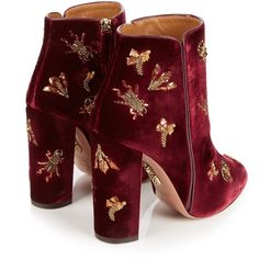 Fauna insect-embellished velvet ankle boots Aquazzura... (3.920 BRL) ❤ liked on Polyvore featuring shoes, boots, ankle booties, block heel boots, block heel bootie, embellished booties, block heel booties and burgundy velvet boots