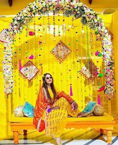 Desi Wedding Decor, Diy Wedding Backdrop, Wedding Mandap, Wedding Stage Decorations, Backdrop Decorations, Wedding Ceremony, Wedding Entrance, Flower Backdrop, Wedding Receptions