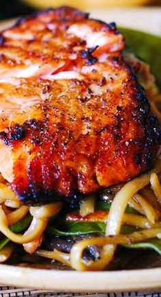 Asian Salmon and Noodles is an excellent weeknight dinner choice. Honey-soy salmon broiled to perfection and then tossed with flavorful Asian noodles with mushrooms and snow peas. Both salmon and noodles are smothered in Sriracha flavored, honey-sesame sa Asian Recipes, Beef Recipes, Chicken Recipes, Cooking Recipes, Noodle Recipes, Budget Recipes, Fall Recipes, Slow Cooker Recipes, Holiday Recipes