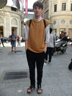 Moodlook.com fashion street style looks #fashion #mode #picoftheday #fashionistas #fashionblogger #trendy #look #moodlook #street style #style #clothes #ootd #dries von noten #acne