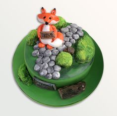 Curious Hungry Fox cake