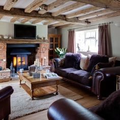 Purple and wood country living room | Country-style decorating ideas | 25 Beautiful Homes | Housetohome.co.uk