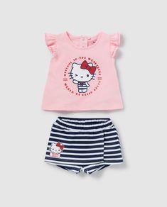 Conjunto dos piezas de bebé niña Hello Kitty Hello Kitty, Girly Backpacks, Blouse Neck Designs, Hot Pants, Boat Neck, Kids Outfits, Girls Dresses, Knitting, Kids Clothing