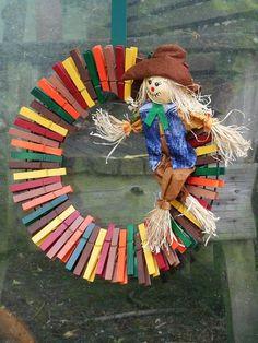 Autumn Clothespin Wreath/ Fall Scarecrow Clothespin Wreath