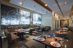¡Date un capricho! Cuatro restaurantes repartidos por España donde cenar de lujo. Noticias de Ocio Conference Room, Table, Furniture, Home Decor, Restaurants, News, Style, Decoration Home, Room Decor