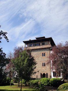 Palacio Jauregia en Irurita, Baztan Bidasoa. Kómplice de Reckrea, visítanos y beneficiate por ser nuestro cliente