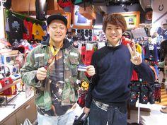 【大阪店】2014.12.20 以前もスナップに登場してくださった測量の専門学校に通うお客様です^^いつも出演してくださいましてありがとうございます!ネックストラップ欲しかった商品が見つかって良かったです!また遊びに来て下さい!