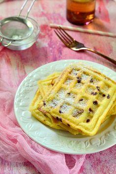 Kókuszlisztes gofri liofilizált vadcseresznyével recept Waffles, Paleo, Breakfast, Food, Morning Coffee, Eten, Beach Wrap, Waffle, Meals