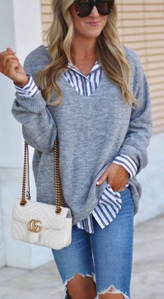 what to wear with a stripped shirt : grey sweater bag ripped jeans