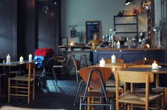 It can be hard to find a good breakfast early in Copenhagen. Here are three cafés serving really good breakfast early in the day.