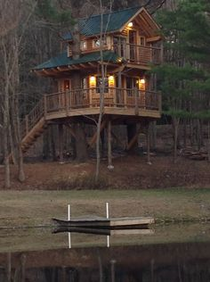 The Fancy Treehouse at Moose Meadow