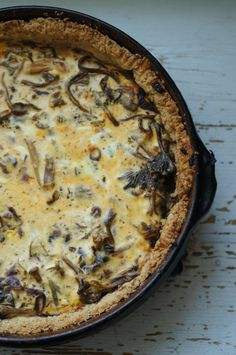 Funnel chantarelle pie