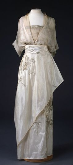 Evening Dress, by N. P. Lamanova's Workshop, Moscow, 1910s, at the State Hermitage Museum. Silk and metal thread. Belonged to V.V. Karakhan. See: http://www.hermitagemuseum.org/wps/portal/hermitage/digital-collection/08.+Applied+Arts/1521122/?lng=en
