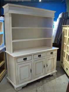 Mahogany Kitchen Buffet with Hutch    CA065B-PL $555.00....I want to build this