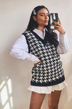 Womens Dogtooth Flannel Knitted Tank - Black - S Glamouröse Outfits, Indie Outfits, Retro Outfits, Cute Casual Outfits, Skirt Outfits, Fall Outfits, Boohoo Outfits, Flannel Outfits, Casual Chic