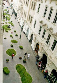 Invasión Verde - Pop-Up Green Park Invades the City of Lima, Peru
