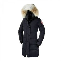 Canada Goose Ladies' Shelburne Parka - Navy With a thigh-length design and incredible insulation, the Ladies' Shelburne Parka is an impressive piece of outerwear which will keep you warm and stylish throughout the coldest winter. The parka has a resili Canada Goose Herren, Canada Goose Jackets, Parka Canada, Canada Goose Women, Canada Canada, Toronto Canada, Girl Outfits, Cute Outfits, Fashion Outfits