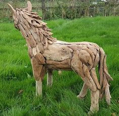 Suppliers of a spectacular life-size driftwood horse, small horse sculpture and driftwood horse heads. Horse Sculpture, Animal Sculptures, Bronze Sculpture, Can We Love, Large Scale Art, Bull Elk, Tree Roots, Ceramic Animals, Cat Sitting