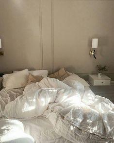 Small Room Bedroom, Bedroom Decor, Bedroom Signs, Decorating Bedrooms, Master Bedrooms, Bed Room, Bedroom Ideas, Woman Bedroom, Aesthetic Bedroom