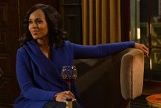 Costume designer Lyn Paolo dishes on dressing two of the biggest girl bosses on TV, Scandal's Olivia Pope (Kerry Washington) and How to Get Away with Murder's Annalise Keating (Viola Davis). Scandal Fashion, Armani Blazer, Trump Card, Olivia Pope, Kerry Washington, Sam Sam, Costume, Stitch Fix Stylist, How To Get Away