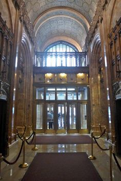 Woolworth Building main entrance