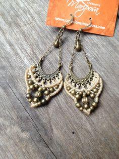 Micro macrame earrings  Beige  jewelry par creationsmariposa, $30.00