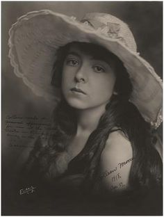 Portrait of Colleen Moore by Los Angeles photographer Evans, photographed in 1918 in the early stages of her career