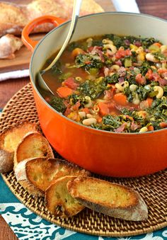 Minestrone soup with butternut squash, kale, bacon, and Parmesan is a hearty, healthy soup that's perfect for fall and winter nights. Soup Recipes, Crockpot Recipes, Dinner Recipes, Cooking Recipes, Healthy Soup, Healthy Eating, Healthy Recipes, Yummy Recipes, Free Recipes