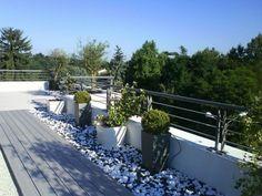Jardinières sur terrasse | Appartement | Pinterest | Balcony ...