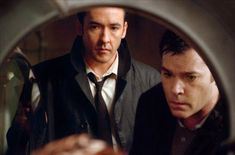 "John Cusack & Ray Liotta in ""Identity"" -- another in the long list of my favorite movies Ray Liotta, Mike Nichols, Jack Nicholson, John Cusack Young, The Lovely Bones, Night Terror, American Psycho, Kino Film, Gone Girl"