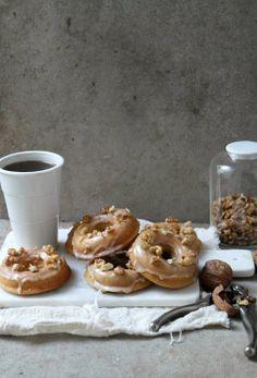 Donuts de Doce de Leite com Nozes