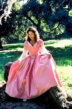 Lesley-Anne Down photographed on the set of North and South Classic Actresses, Beautiful Actresses, Marilyn Monroe, North And South, Pink Dress, Dress Up, Reign Fashion, Cinderella, Image Film