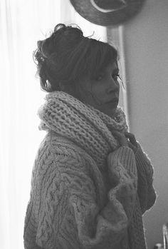 Big sweater, big scarf