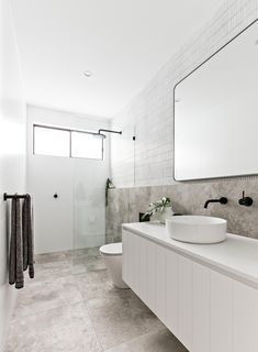 Bathroom decor for your bathroom renovation. Learn bathroom organization, master bathroom decor some ideas, bathroom tile suggestions, bathroom paint colors, and much more. Bathroom Renos, Bathroom Renovations, Home Remodeling, Bathroom Vanities, Decoration Inspiration, Bathroom Inspiration, Bathroom Inspo, Bathroom Ideas, Bathroom Layout