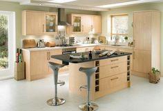 Cocina con isla de estilo moderno :: ¿Quieres conocer las claves para crear una cocina de estilo moderno? A continuación te ofrecemos las pautas que debes seguir para darle un toque contemporáneo a este espacio. Crear una cocina moderna será sencillo gracias a nuestros consejos.