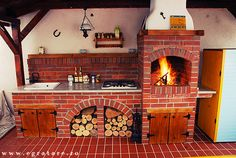 like the setup not the brick Barbecue, Outdoor Barbeque, Wood Fired Oven, Summer Kitchen, Backyard, Patio, Outdoor Kitchen Design, Cabins In The Woods, Outdoor Cooking