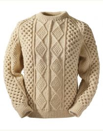 Irish Knit Sweaters don't get any better than our Clan Aran sweater. Authentic hand knit Aran wool sweaters direct from the Aran Sweater Market, Aran Islands, Ireland. Mens Cable Knit Sweater, Sweater Coats, Wool Sweaters, Men Sweater, Mens Fur, Sweaters For Women, Jumpers, Knit Jacket, Men Fashion Casual