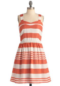 Like a Dreamsicle Dress, size small    Meeting another MC buff locally this week.