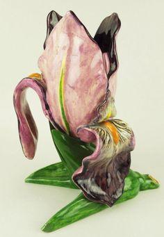 ¤ Delphin Massier : grand vase en forme d'iris pourpre. vers 1880 //_a-large-delphin-massier-purple-iris-vase-c1880