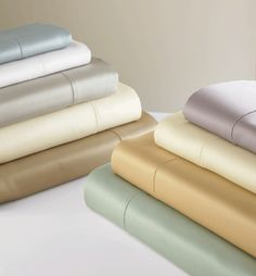 Giotto is a rich ice blue luxury bedding of 590 thread count sateen with hand drawn hemstitching. Duvets, shams and sheets in solid are silky soft. Ivory Duvet Cover, White Duvet Covers, Luxury Duvet Covers, Luxury Bedding, Pillow Top Mattress, Pillow Shams, Luxury Sheets, Roof Cleaning, Pantone 2020