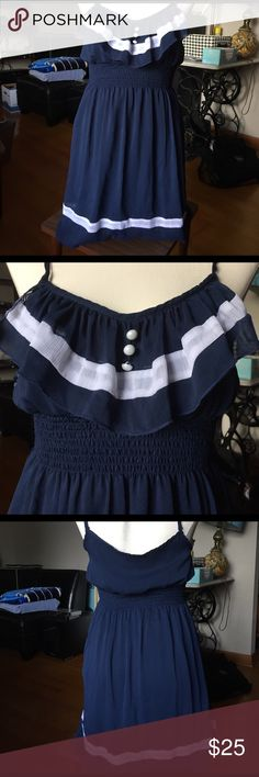 Navy and White Sundress Super fun and cute navy and white sundress! Great for summer outings! Bought a boutique in Austin! Dresses Mini