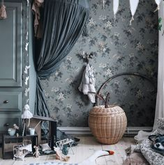 Small Home Office Furniture, Interior Styling, Interior Design, Feature Wallpaper, Luxury Wallpaper, Design Blog, Decoration, Girls Bedroom, Home Decor