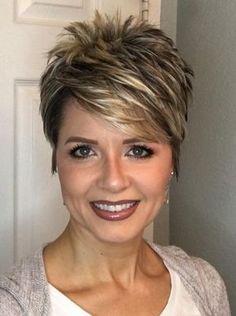 Perfect 45 Stylish Pixie Haircut For Thin Hair Ideas Stylish Pixie Haircut; Super Muy Corto Pixie Cortes de pelo Y Colores de Pelo para Very Short Haircuts, Popular Short Hairstyles, Hairstyles 2018, Ladies Hairstyles, Popular Haircuts, Short Hairstyles Over 50, Layered Hairstyles, Trending Hairstyles, Stylish Short Haircuts