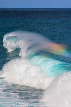 Meer / Sea + Wasserwelle / Water Wave + Regenbogen / Rainbow