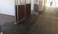 BELMONDO Walkpro rubber flooring for walkways in horse stables