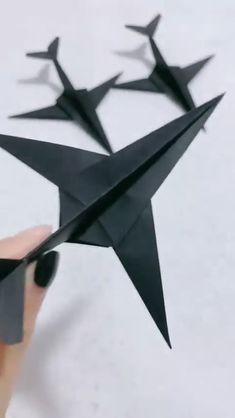 Easy Tutorial to Make Marvelous Paper Plane Diy Crafts Hacks, Diy Crafts For Gifts, Diy Home Crafts, Diy Arts And Crafts, Paper Crafts Origami, Paper Crafts For Kids, Diy Paper, Diy For Kids, Instruções Origami