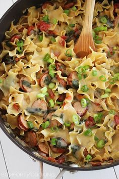 Creamy Sausage and Spinach Pasta Skillet. Dinner prepare in one pan on top of the stove. easy and fast. just what we all need!