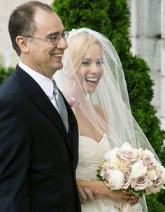 just love it! i actually like the veil over my face no whhaa jennifer spezza:)